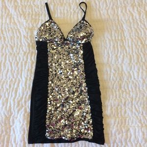 Sexy sequin silver clubwear mini dress padded cups